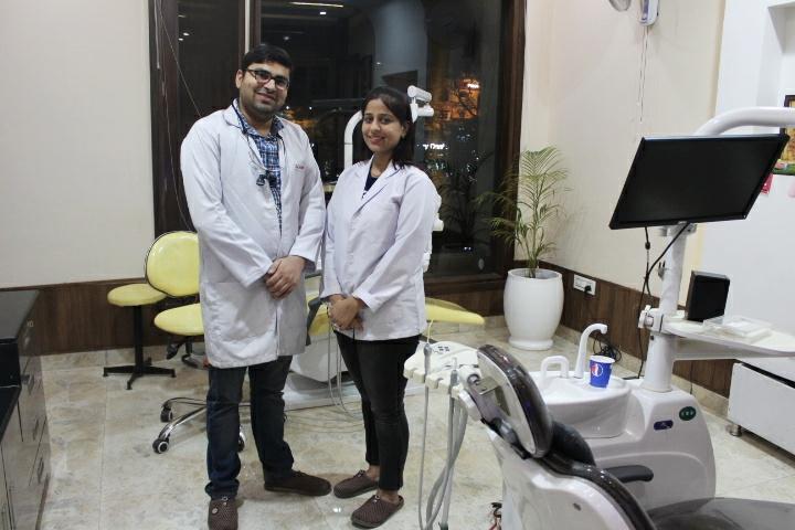 best dentist near me in paanchkula